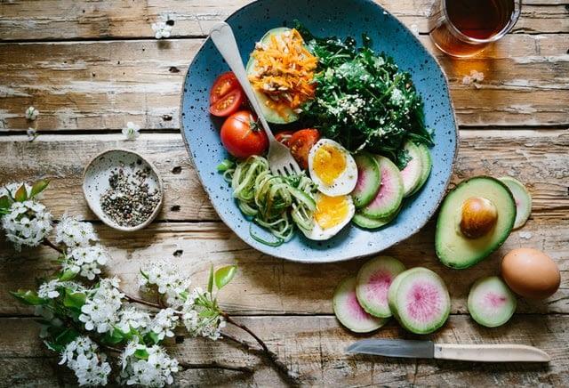 Cum să slăbim sănătos, printr-o dietă echilibrată
